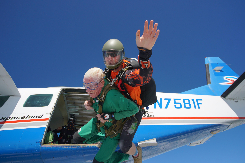 FREE FALLING: Local Korean War veteran jumps at Skydive Spaceland San Marcos