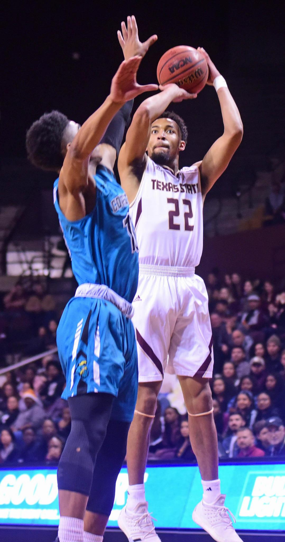 Texas State remains atop Sun Belt following 58-44 win over